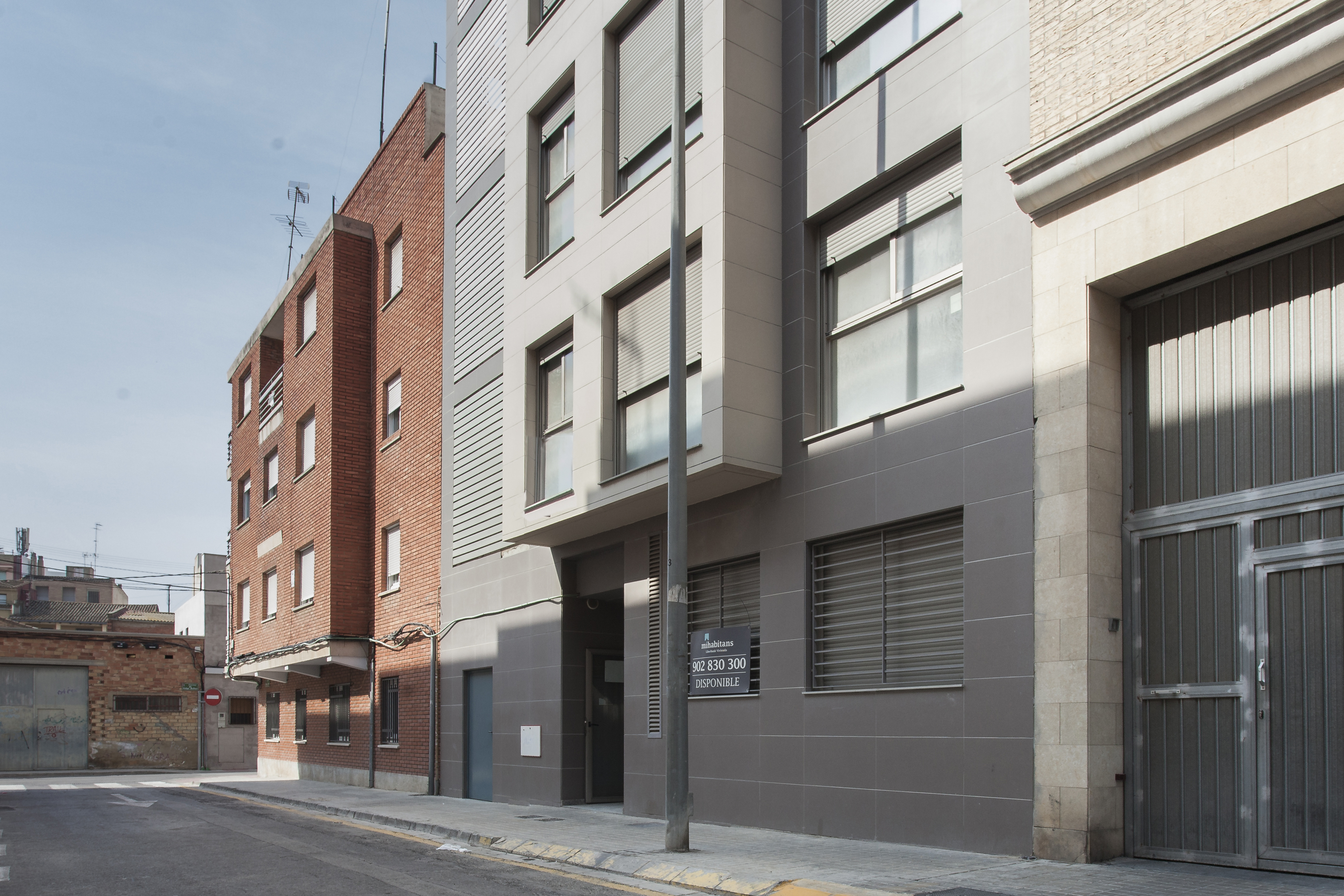 Obra nueva junto al parque de cabecera mislata casas del mediterr neo - Casas del mediterraneo valencia ...